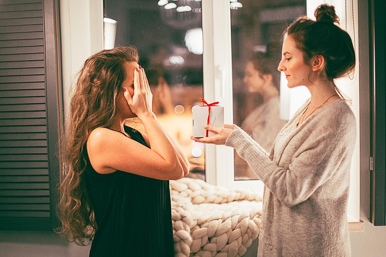 Gør din veninde glad med en værtindegave